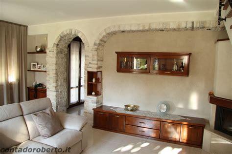 soggiorni in soggiorno in legno con camino contado roberto