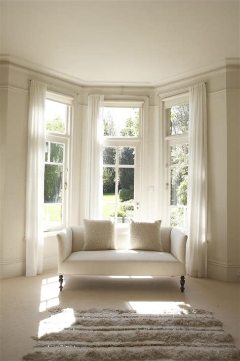 how to dress windows that s pinterest ing how to dress a bay window your