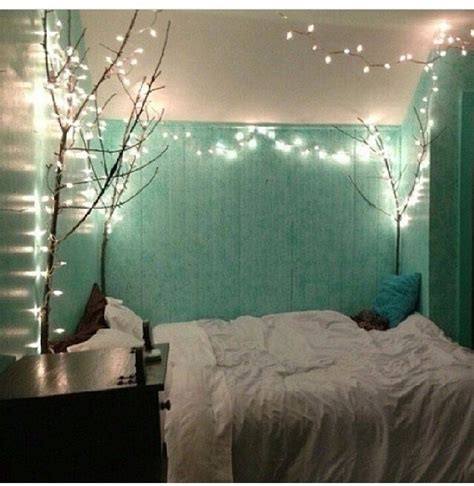 Light Teal Bedroom Best 25 Teal Bedrooms Ideas On Pinterest Teal Wall Colors Bedroom Paint Colors And Colors
