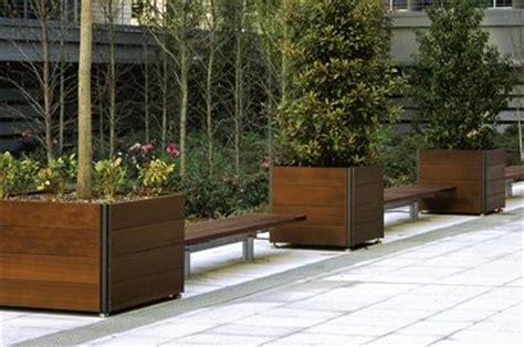 Landscape Forms Larkspur Planter 1000 Images About Planters On Lounges Chairs