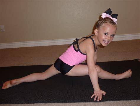 gymnastic little girl little gymnast images usseek com