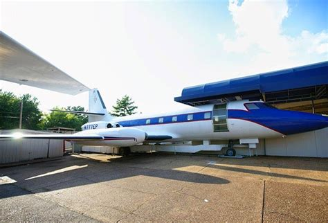 elvis presley plane elvis presley s private jets under the hammerluxury news