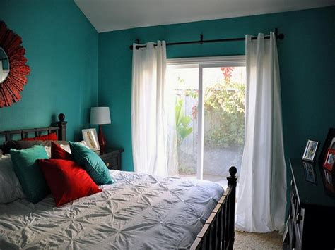 red paint for bedroom how to repairs aqua and red color paint for bedroom