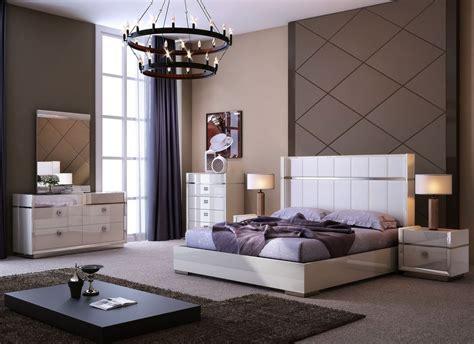 paris bedroom set paris light gray platform bedroom set 18217 q j m