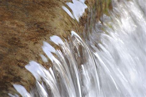 wallpaper animasi air bergerak gambar animasi air mengalir gambar air bergerak water