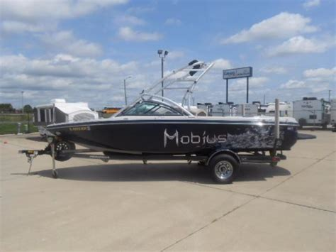 boats for sale in springfield illinois ski and wakeboard boats for sale in springfield illinois