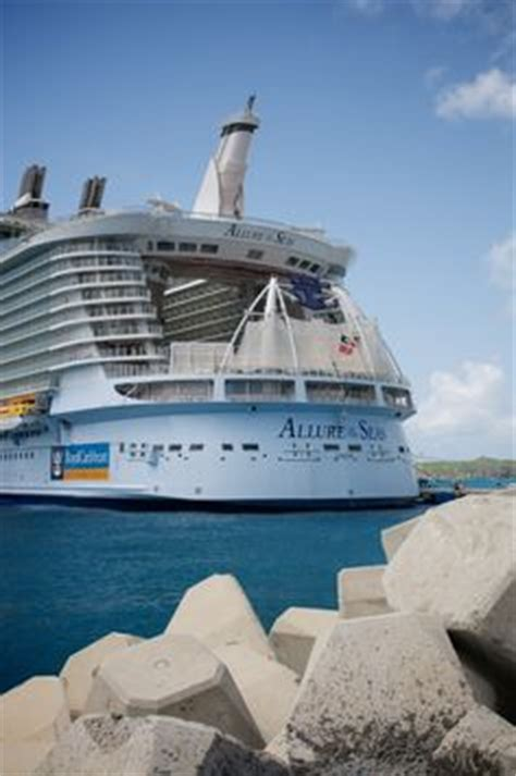 best family cruises family cruise holidays royal caribb liberty of the seas royal caribbean liberty of the seas