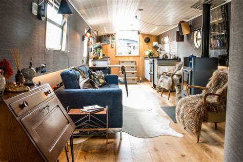 houseboats east london a delightful stay at gainsborough wharf s osbert boatel in