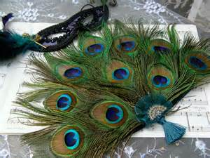 peacock feather fan held bridesmaid peacock feather fan custom by ivyndell