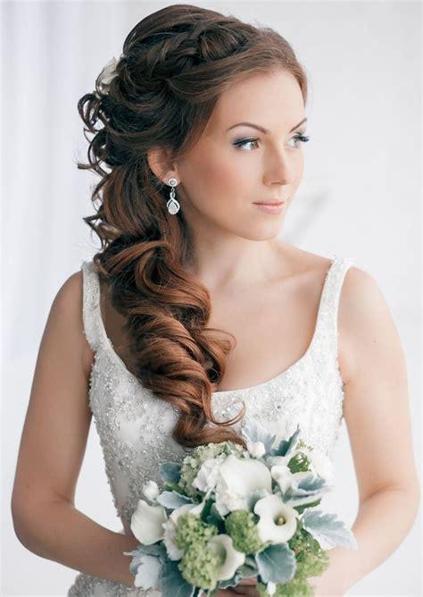 best 25 side sweep hair ideas on hair side swept side sweep bangs and side swept curls