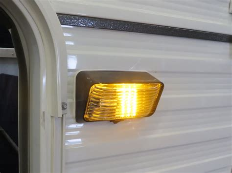 Shell Models   Four Wheel Campers   Low Profile, Light
