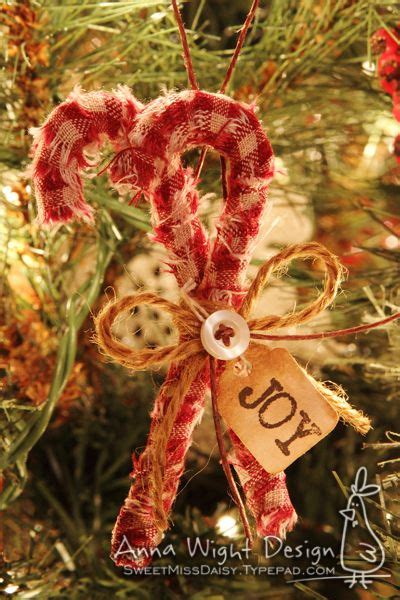 lots   versions holiday christmas ornament ideas pinterest ornaments candy