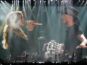 Tim Mcgraw And Faith Hill Greatest Story by Mcgraw And Hill Show No Sign Of Going Stale At Their