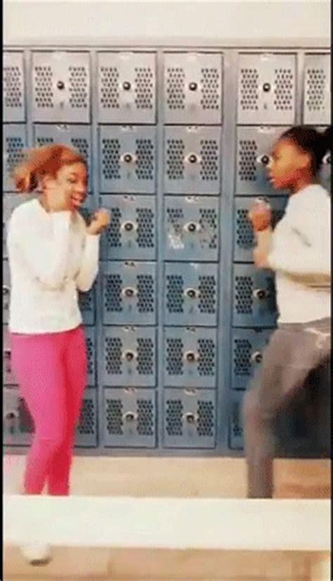 Jaide Meme - gif fight ghetto ratchet girl fight worldstar jaide