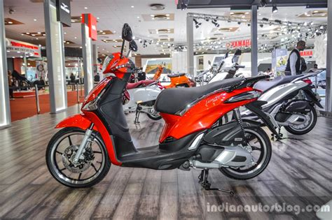 Ktm At Auto Expo 2016 by Piaggio Liberty Iget 125 Abs At Auto Expo 2016