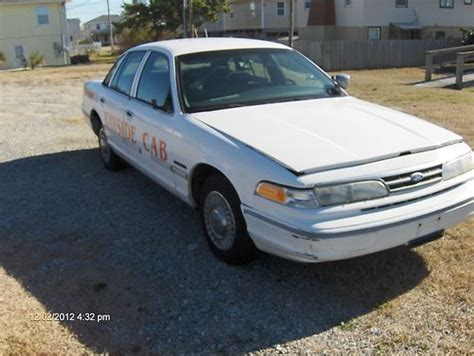 how to sell used cars 1995 ford crown victoria spare parts catalogs sell used 1995 ford crown victoria see photos added in obx north carolina united states