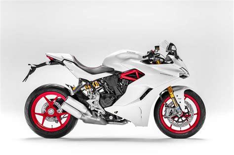 sport motorcycle 2017 ducati supersport the sport bike returns asphalt