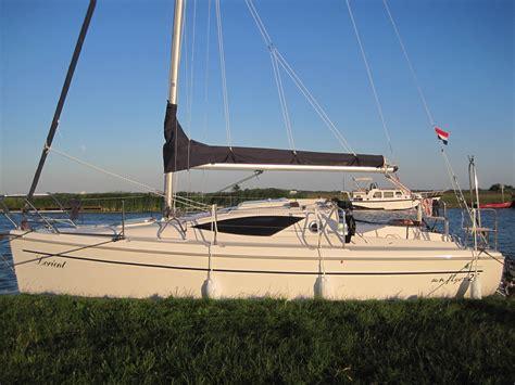 zeilboot flyer sun flyer 26 huren bootverhuur friesland huren zeilboot