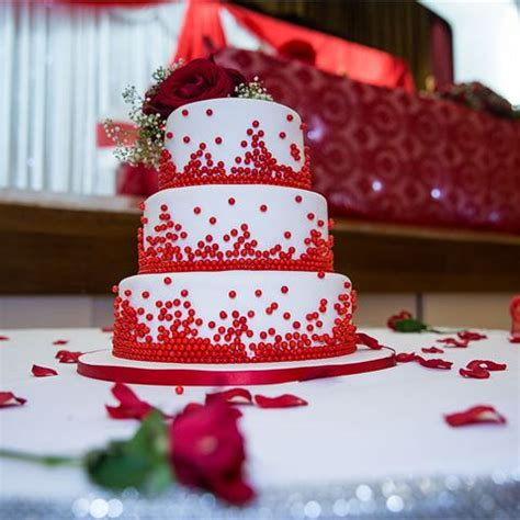 Inspiration Gallery for Red Wedding Cakes hitched.co.uk