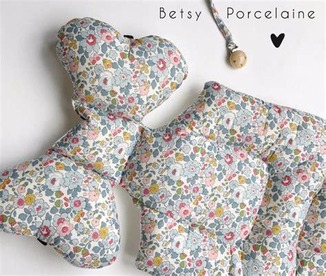 matelas de poussette matelas de poussette borny liberty of betsy bleu