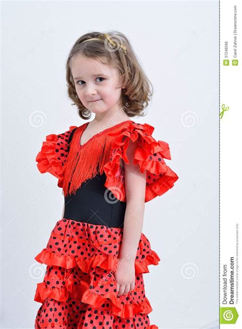 Robe Espagnole Flamenco Fille - la fille dans une robe d espagnol image stock