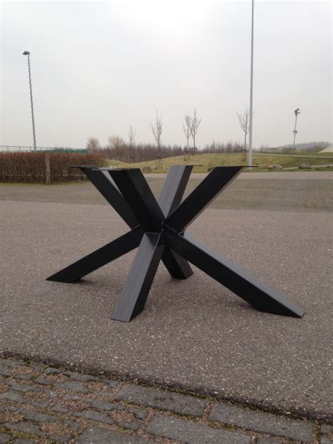 vierkante salontafel met kruispoot stalen kruispoot matrix de eiken tafel nl