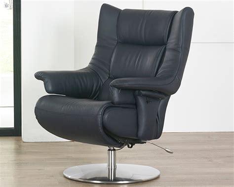 zerostress recliner chairs himolla opus zerostress integrated recliner leather chair
