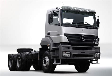 mercedes truck white 100 mercedes truck white burago bu31459 31456 scale