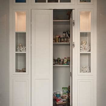 Pantry Folding Doors by Bi Fold Pantry Doors Design Ideas