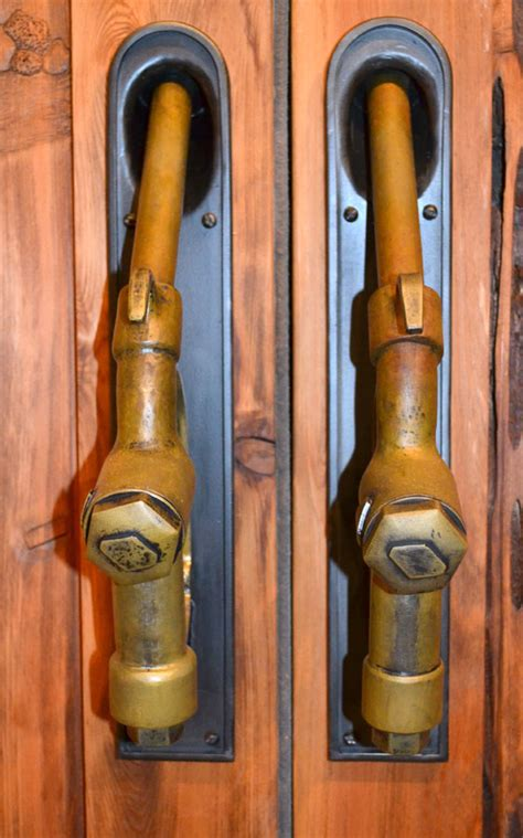 gas nozzle door pulls route  visible gas pumps