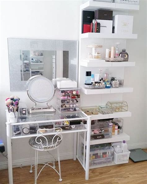Vanity Shelves Bedroom by Bedroom Design Ideas With Vanity And Cabinets Small