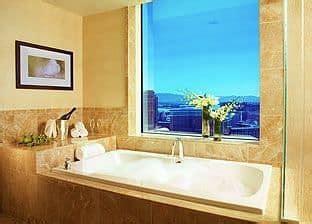 28 two bedroom suite in las bookingcom trump book trump international hotel las vegas las vegas