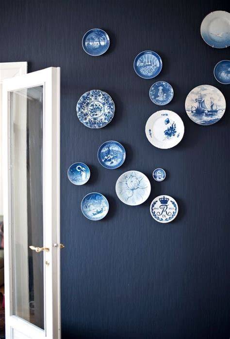 plates to hang on kitchen wall 25 best ideas about plates on wall on plate wall decor hanging plates and plate