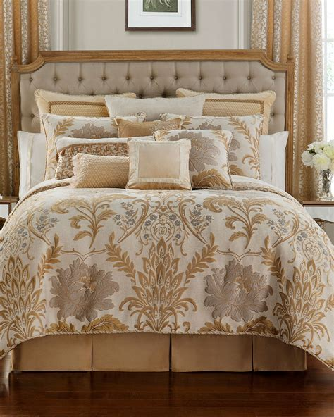 Waterford Ansonia California King Comforter Set   Neiman