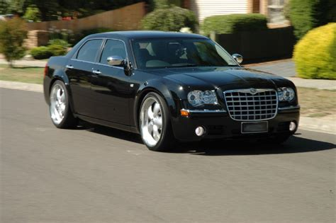chrysler hemi 300c chrysler 300c touring 5 7 hemi technical details history