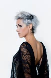 hair designs with grey streaks blondinen silberhaar and pixies on pinterest