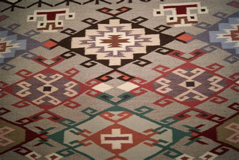 How To Choose Contemporary Area Rugs Los Angeles Handy Rug Sale