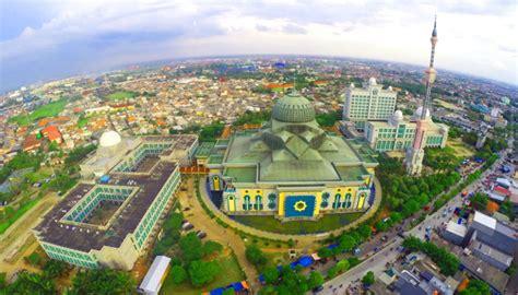 masjid  jakarta  arsitektur indah