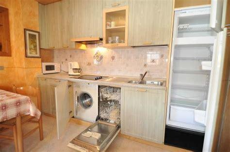 Cucina Con Lavatrice by Cucina Lavastoviglie E Lavatrice Foto Di Appartamenti