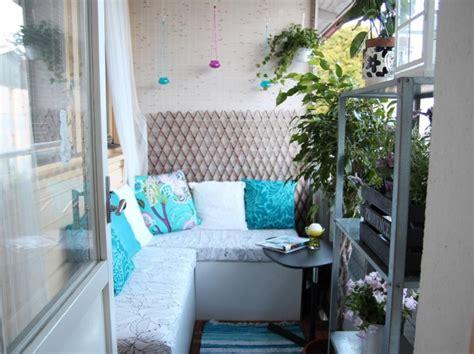 sitzbank ecke 40 ideen f 252 r attraktive balkon gestaltung f 252 r wenig geld