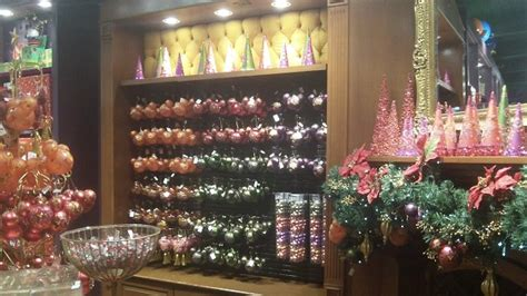 disney s days of christmas store downtown disney lake