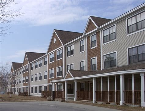 2 bedroom apartments burlington vt heineberg senior housing burlington vt apartment finder