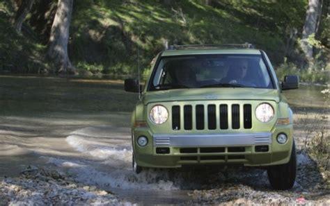 Jeep Patriot Competitors 2010 Jeep Patriot Vs Ford Escape Subaru Forester Scion
