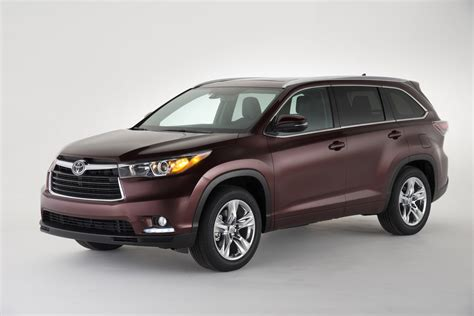 Toyota Hilander 2016 Toyota Highlander Features Review The Car Connection