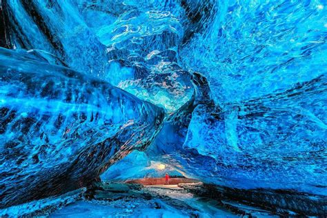 iceland ice caves skaftafell national park in iceland traveldigg com