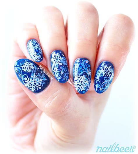 painted fingernail designs snowflake fingernail designs www pixshark images