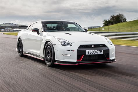 gtr nissan nismo first uk gt r nismo delivered with added thrills car