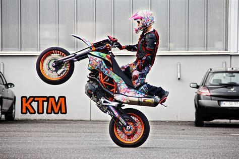 Ktm Stunt Sunday Supermoto Stunts Ktm
