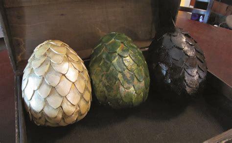 Easter Centerpiece Ideas by 15 Diy Paper Mache Eggs Guide Patterns