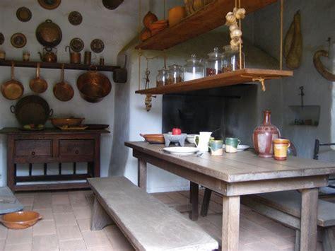 una cocina al mejor estilo colonial decoralos